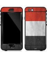 Yemen Flag Distressed LifeProof Nuud iPhone Skin