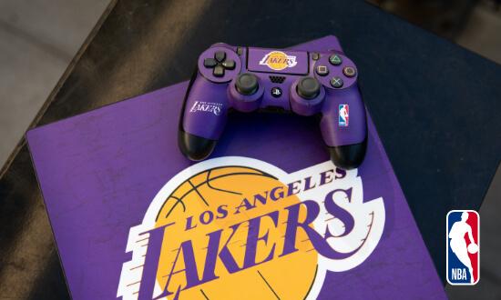 Shop NBA Cases & Skins