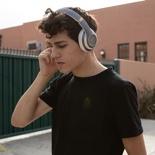 Social Headphones